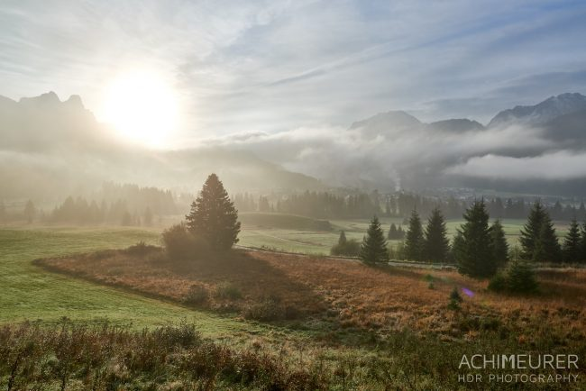 Social Media für Fotografen - Beispielfoto Achim Meurer - Morgennebel im Tannheimertal
