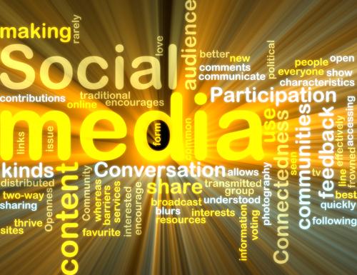 Socialmedia-shutterstock_36804319-gelb