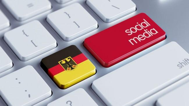 SocialMedia_DE