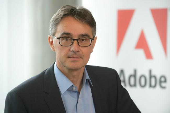 Andreas Helios_Adobe