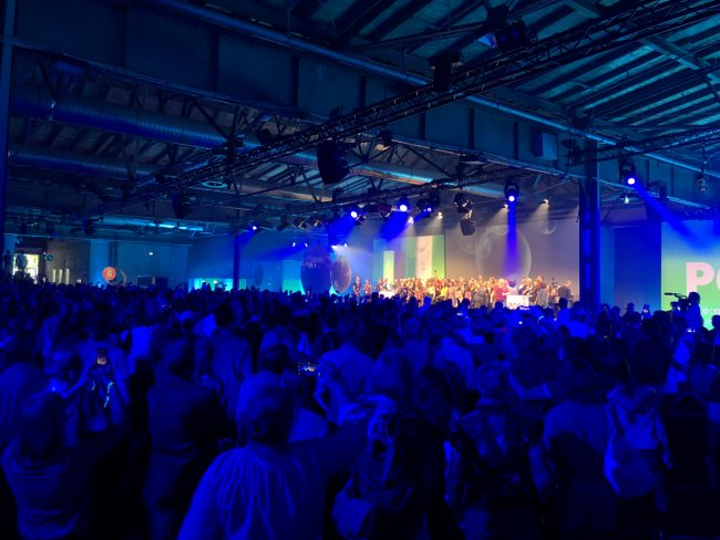 re:publica 2018 - Publikum Abschluss-Zeremonie von hinten Richtung Bühne