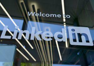 Story Format in LinkedIN